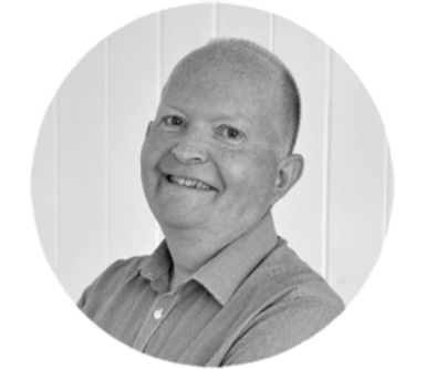 Meet John Wright, the local it'seeze website consultant for Horsham